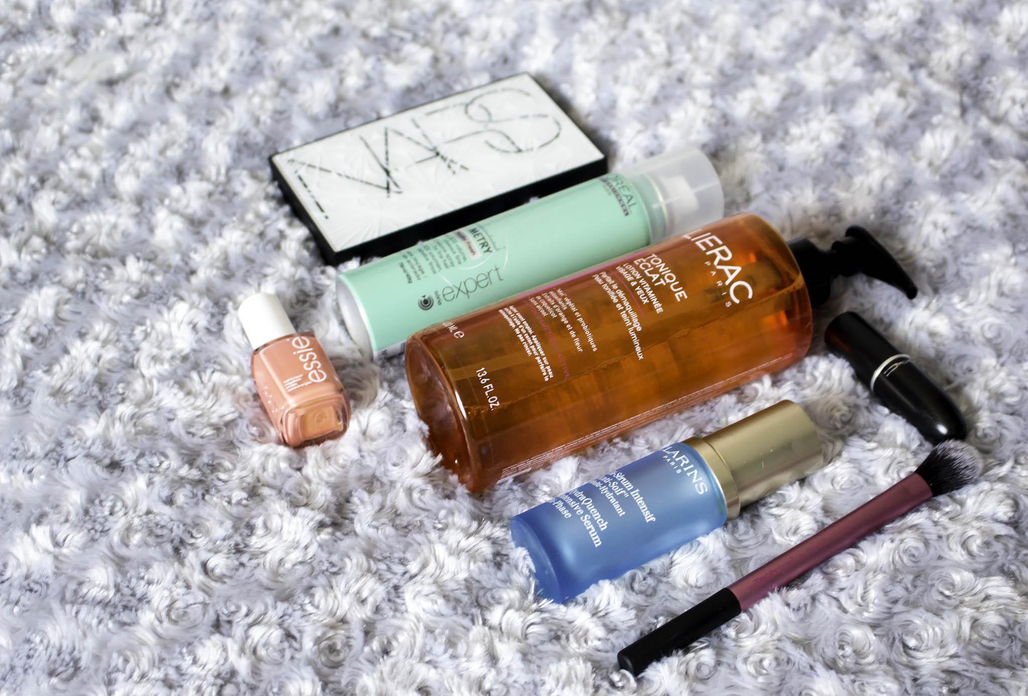 Les favoris du mois : Liérac, L'Oréal Professionnel, Essie, Nars, Clarins Real Techniques et MAC...
