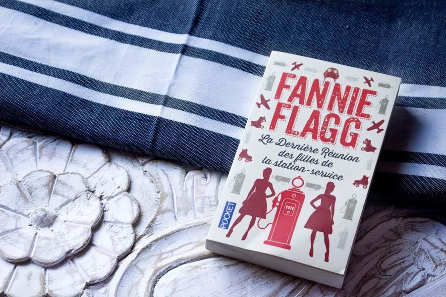 Mes dernières lectures : La Dernière Réunion des Filles de la Station Service de Fannie Flagg, Cat's Eye de Tsukasa Hojo et Red Queen de Victoria Aveyard...